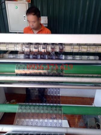 Phân cuộn băng keo in logo trực tiếp trên máy | Nhà sản xuất Băng keo Minh Sơn
